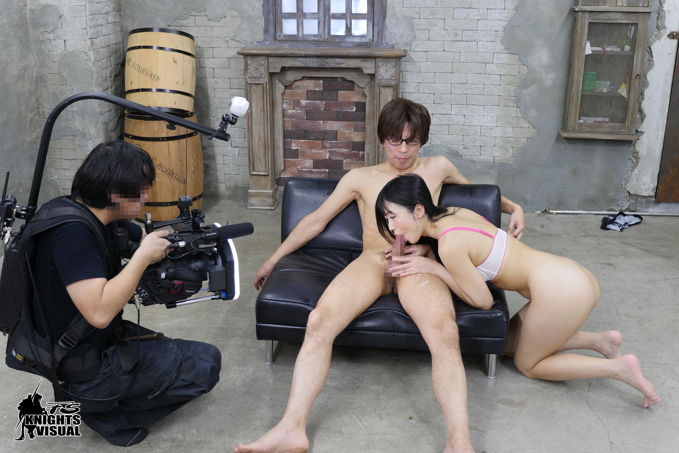 image http://scanlover.com/assets/images/274-YS5rSn51UdAAdCA7.jpeg