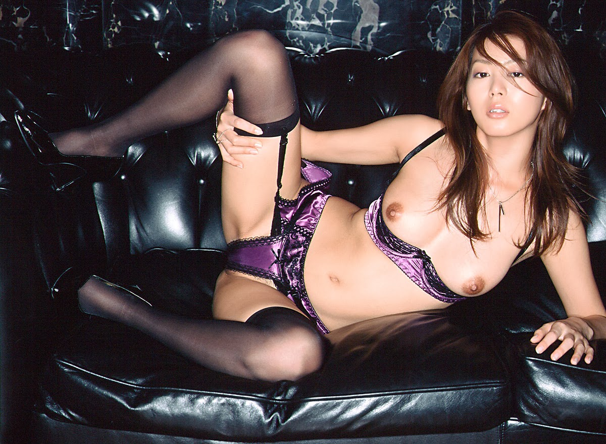 image http://scanlover.com/assets/images/5215-i2Pmkh7pEKx6Y4fD.jpeg