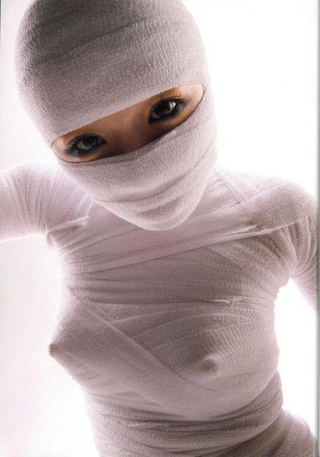 image http://scanlover.com/assets/images/7847-1NhVHrt46tiB0r5b.jpeg