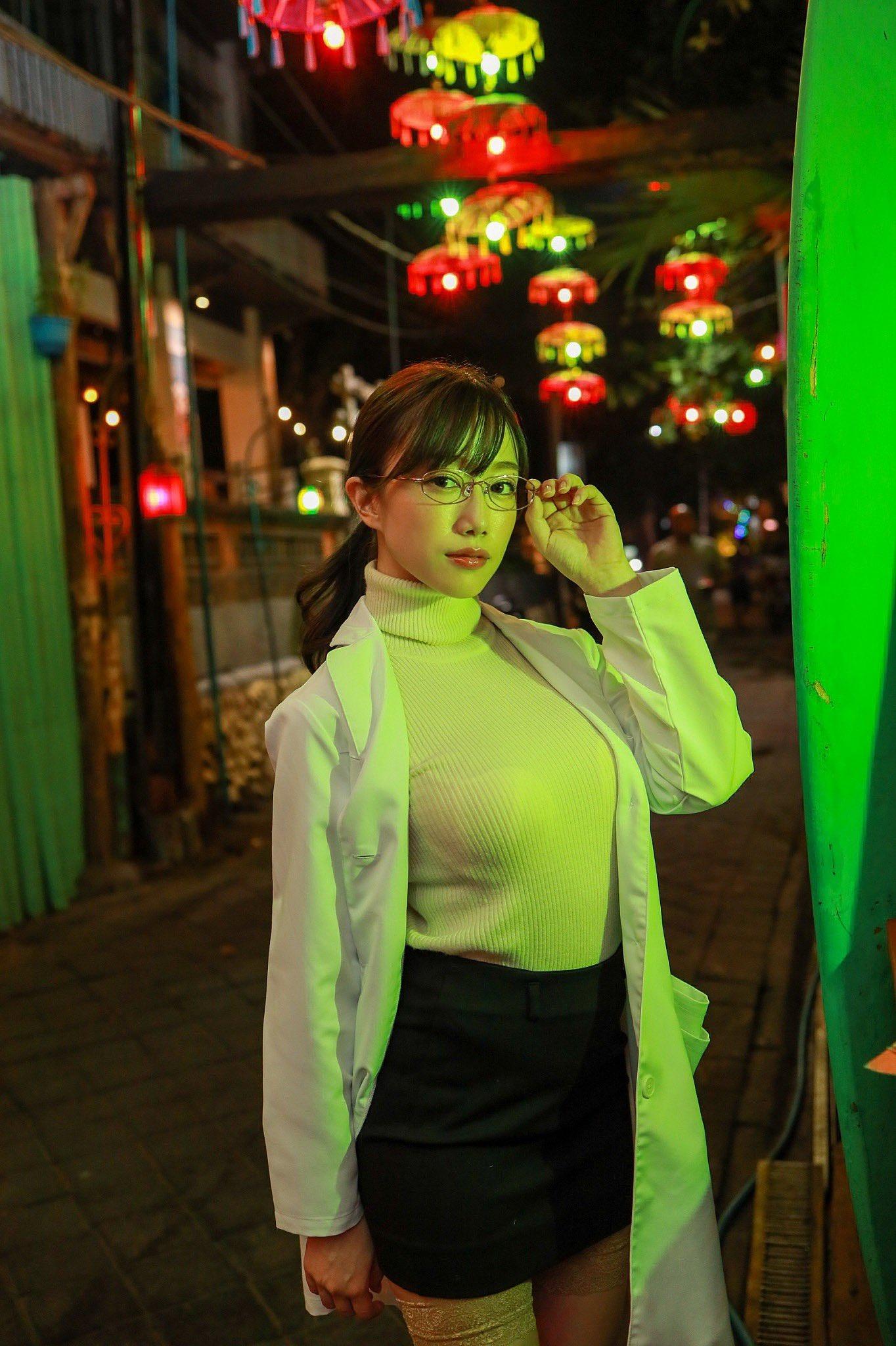 Natalia Forrest www.nataliaforrestxxx.com on Twitter